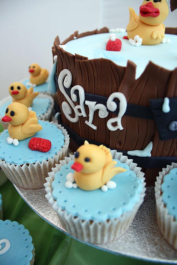 Vista general de las tartas y cupcakes